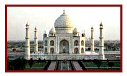Taj Mahal picture during 13 days taj mahal & north india tours